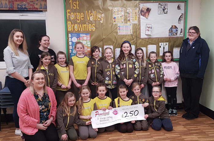 Proudfoot Donation To 1st Forge Valley Brownies